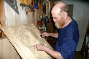 Gary carving the Spring moon at Brushkana.