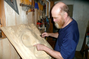 Gary carving the Spring moon at Brushkana.